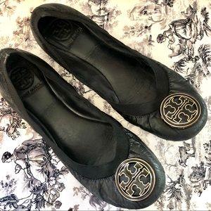 Tory Burch Ballet Flats Black w/Gold Logo 9